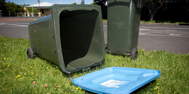 Loading Bin inspectors will be making sure Auckland residents put the proper waste into each bin. Photo / File