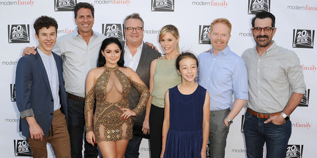 Ariel Winter with the Modern Family cast. Photo / Getty Images