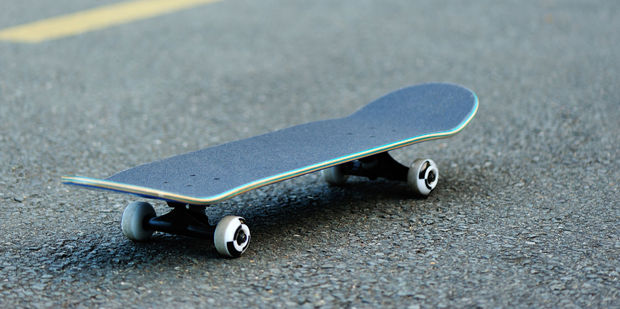 Police are seeking sightings of a skateboarder in Auckland after a man found unconscious later died. Photo / File