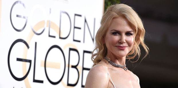 Loading A report suggests Nicole Kidman was erratic and raised eyebrows after several bizarre incidents at the Golden Globe Awards. Photo/AP