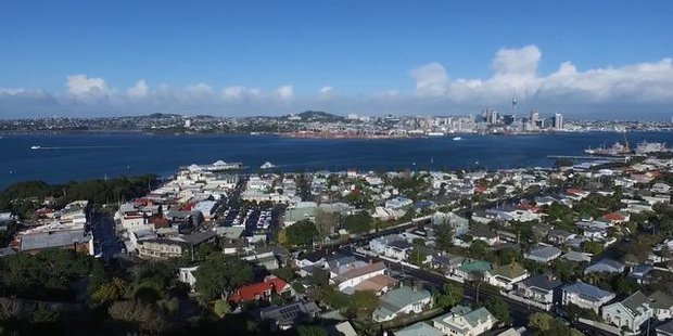 Watch NZH Focus Auckland 4th lease affordable city