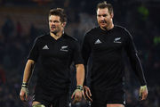 Richie McCaw and Ali Williams walk off after an All Blacks test. Photo / Getty