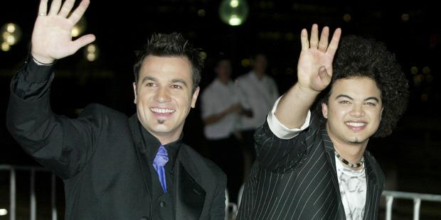 Australian Idol finalists Guy Sebastian (right) and Shannon Noll arrive for the Australian Idol Final Performance held on November 19, 2003 in Sydney. Photo / Getty