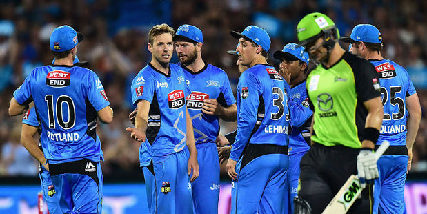 Ben Laughlin after taking the wicket of Shane Watson during the Big Bash League Semi Final in 2016. Photo / Getty Images