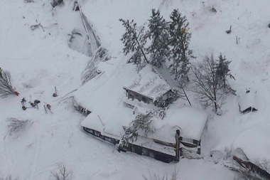 Aerial view of the Hotel Rigopiano in the town of Farindola on the Gran Sasso mountain in the central Abruzzo region of Italy which was buried by an avalanche. Photo / Twitter / @emergenzavvf