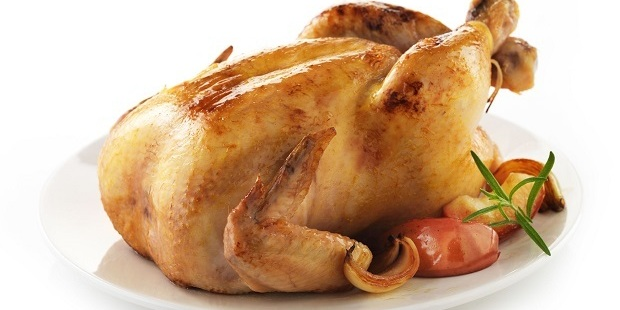 Russell Worthington stabbed his wife when she told him his chicken dinner was too dry. Photo / 123RF