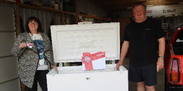 Loading Vicky and Selwyn Sharpe will be filling their freezer with plenty of New World groceries.