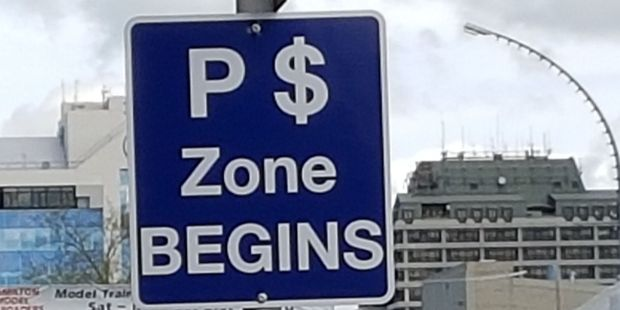 Look for these new parking zone signs in Hamilton CBD. Photo / Peter Tiffany