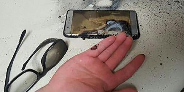 This photo taken on September 13, 2016 shows a blown-up Samsung Galaxy Note 7 smartphone in Gwangju, 270km south of Seoul.