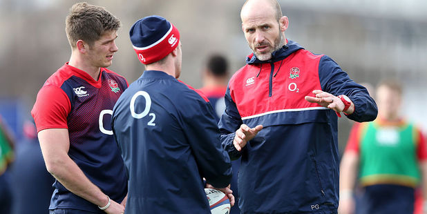 Paul Gustard, right, the England defence coach talks to George Ford and Owen Farrell. photo / Getty Image