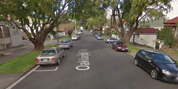 Emergency services were called to the incident on Oaklands Rd just before 5pm. Photo / Google