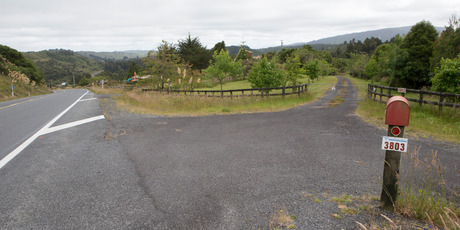 The driveway to the ski lodge at Raurimu, where Stephen Anderson went on a murderous rampage in 1997, killing six and wounding four with a shotgun. 17 January 2017. New Zealand Herald photograph by M