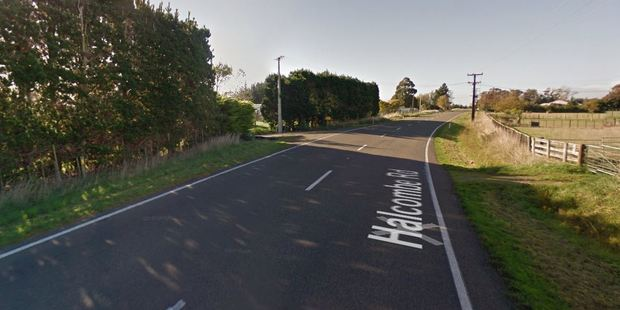A section of Halcombe Rd has been closed following the crash. Photo / Google Earth