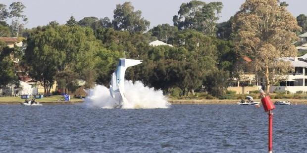 Loading The moment the plane crashed into the Swan River. Photo / Vicki Clark / Twitter