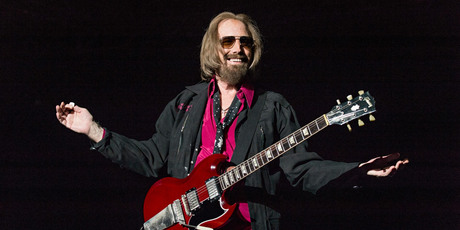 Tom Petty on stage on September 17. Photo/AP