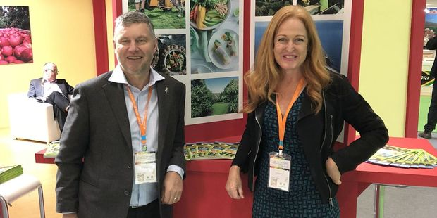 NZAGA and AIC chairman Tony Ponder and NZ Avocado CEO Jen Scoular on the NZ Avocado stand at China Fruit and Vegetable Fair.