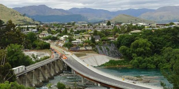 One lane of the new $22 million Kawarau Falls Bridge will open for traffic on December 17, after the public gets a chance to walk across it that morning. Photo: Tracey Roxburgh