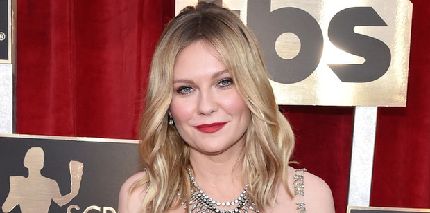 LOS ANGELES, CA - JANUARY 29: Actor Kirsten Dunst attends The 23rd Annual Screen Actors Guild Awards at The Shrine Auditorium on January 29, 2017 in Los Angeles, California. (Photo by John Shearer/G