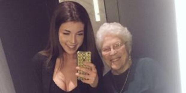 Mahri Smith's photos with an old woman she met on a night out have gone viral. Photo / Twitter, Mahri Smith