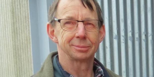 Stephen Darling