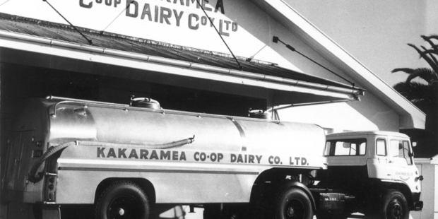 Kakaramea Dairy Co-op got a brand new tanker in 1965. The building now houses Hooper Engineering.
