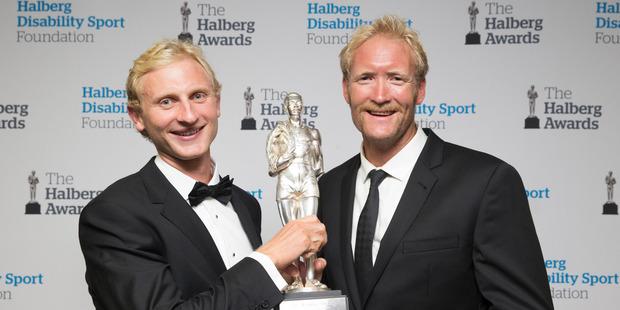 Hamish Bond (left) and Eric Murray won the Supreme Award at the 2015 Halberg Awards.