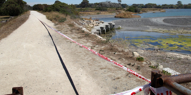 Police cordoned off a section of the walkway near the mouth of Tukituki River, between Grange Rd North and Domain Rd, Haumoana after the man was found. Photo / Duncan Brown