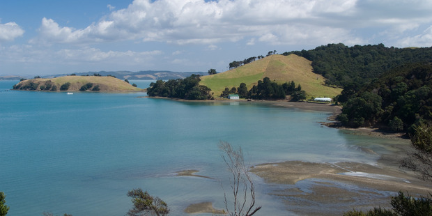 The property overlooks Pipitewai Bay.