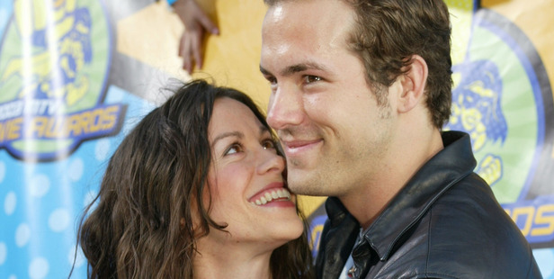 Alanis Morissette and Ryan Reynolds in 2003. Photo / Getty