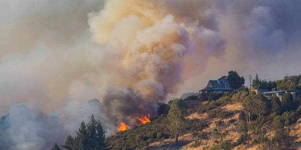 Fires continue to burn in the Port Hills, Christchurch. Photo / Supplied via Facebook @Christchurch City Council