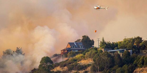Loading Fires burn in the Port Hills, Christchurch. Photo / via Facebook