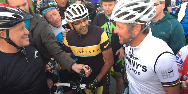 Cycling legend Lance Armstrong meet with Auckland fans for Ride with Lance at Mechanics Bay. Photo/Greg Bowker