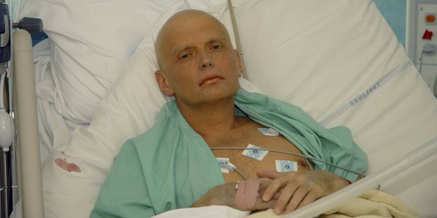 Alexander Litvinenko is pictured at the Intensive Care Unit of University College Hospital on November 20, 2006 in London. Photo / AP