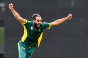 Imran Tahir of South Africa celebrates the wicket of Kane Williamson. Photo / Photosport