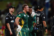 AB de Villiers of South Africa celebrates with teammate Andile Phehlukwayo after winning the First ODI. Photo / Getty