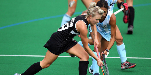 Charlotte Harrison attacks during the international test against Argentina. Photo / Getty Images