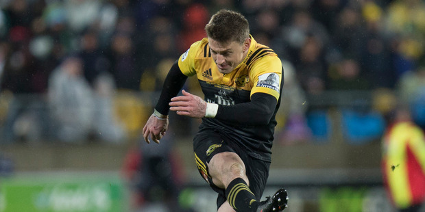 Hurricanes first five-eighths Beauden Barrett kicking for goal during the 2016 Super Rugby final at Westpac Stadium. Photo/Mark Mitchell