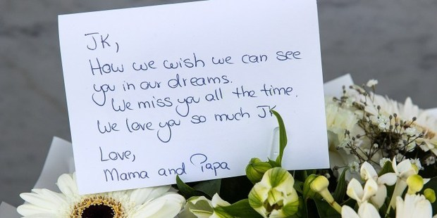 Messages left at the Christrchurch earthquake memorial. Photo / Martin Hunter, Christchurch Star