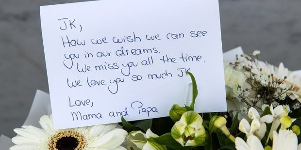 Messages left on the earthquake memorial. Photo / Martin Hunter, Christchurch Star