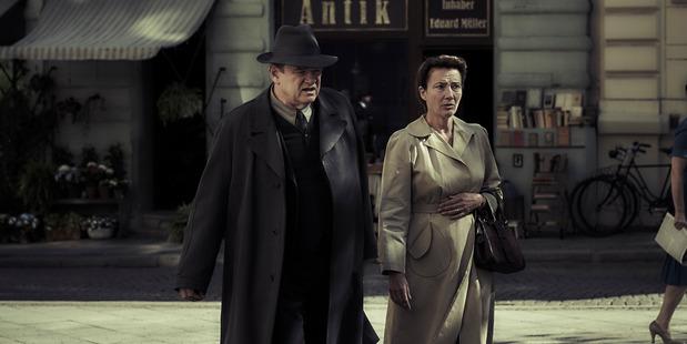 Brendan Gleeson and Emma Thompson star in the film Alone in Berlin.