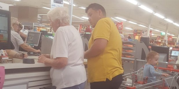 A man at a Coles supermarket on the NSW Central Coast paid for a stranger's groceries after her card continued to be declined. Photo/Twitter