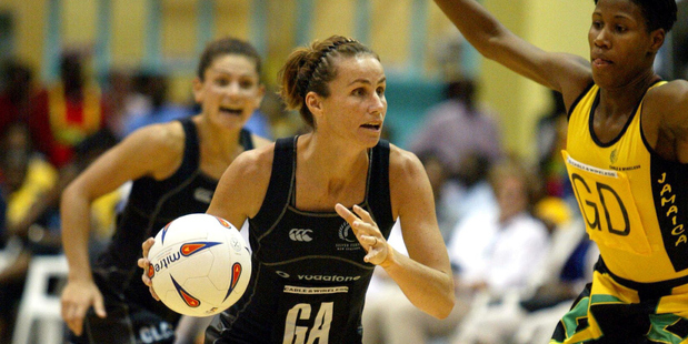 Loading Tania Dalton in action during the 2003 world championship semifinal between New Zealand and Jamaica. Photo/Photosport
