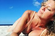 Rachel Hunter continued to turn heads this week. Photo / Instagram