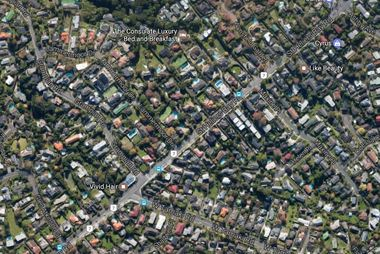 A man had been following the girl for around 200 metres on St Heliers Bay Road. Photo / Google