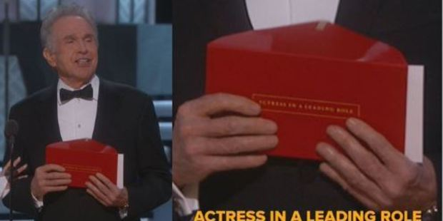 Warren Beatty was holding the wrong envelope. Photo / Twitter