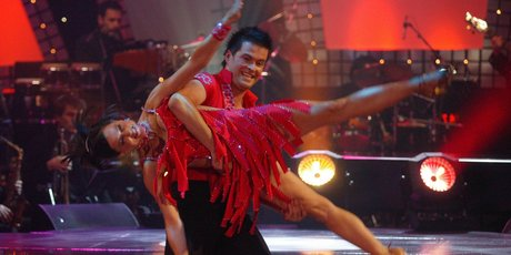 Aaron Gilmore flips Greer Robson around with ease on Dancing with the Stars. Photo / Neil Mackenzie