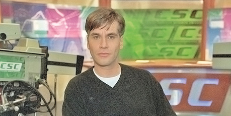 A young Sorkin, on the set of Sports Night, 1998.