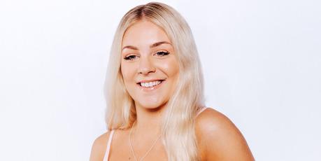 Ella, a contestant on Heartbreak Island.