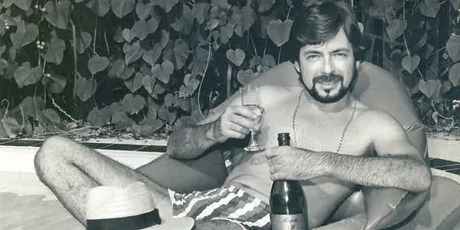 Smith relaxing in a bath as appeared in the Townsville Bulletin picture. Photo / Supplied
