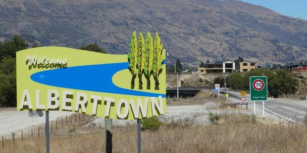 The sign on State Highway 6, north of the Clutha River.